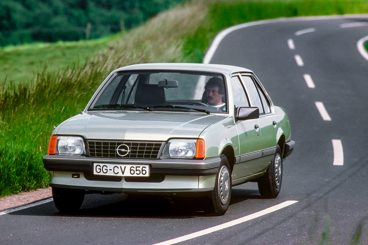 04-Opel-Ascona-18079