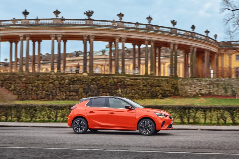 07-Opel-Corsa-e-511092