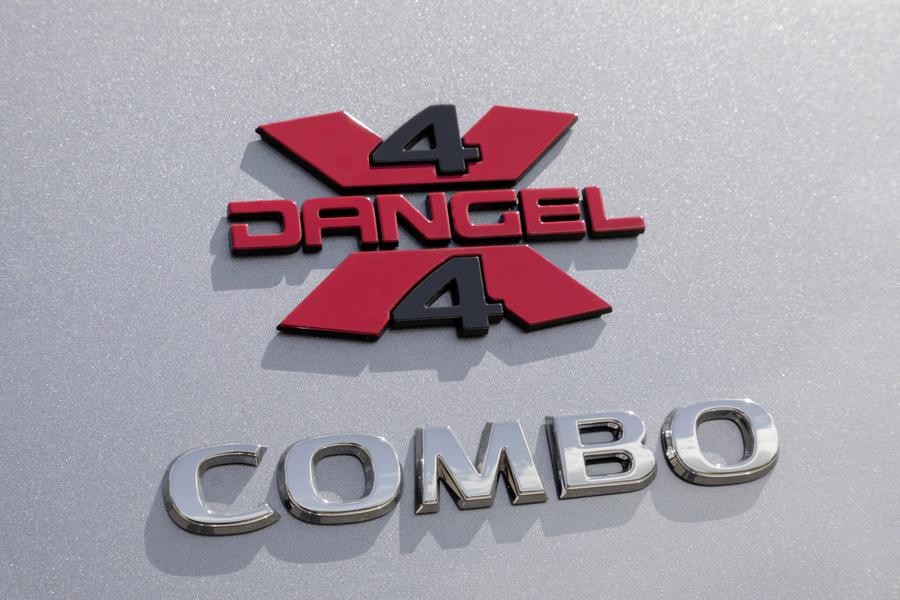 10-Opel-Combo-4x4-507427
