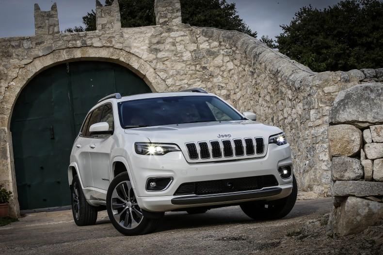 180912_Jeep_Cherokee_17