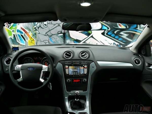 Ford Mondeo MkIV 2,0 TDCi Trend