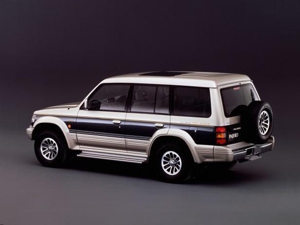 Mitsubishi Pajero V20/V40