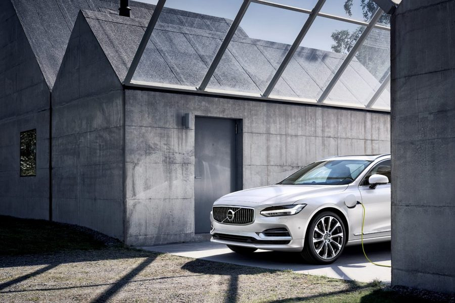 Volvo Cars S90 Plug-In Hybrid