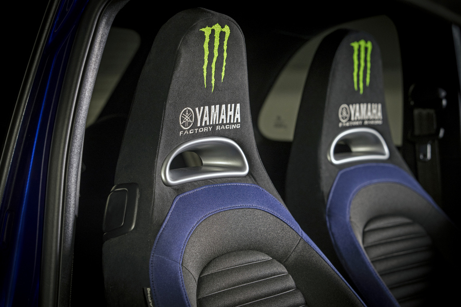 Abarth 595 Monster Energy Yamaha (19)