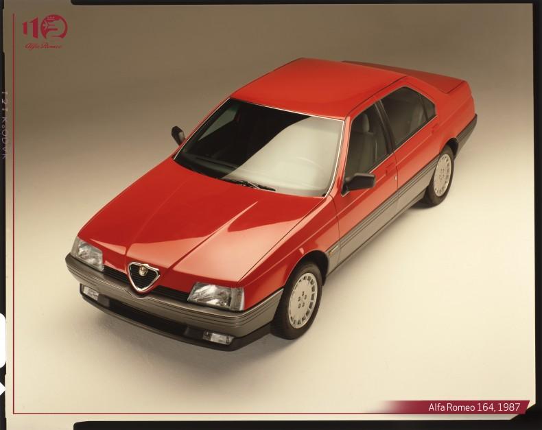 Alfa-Romeo-164,-1987