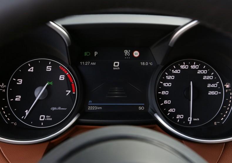 Alfa_Romeo-Giulia-2020-1600-0d