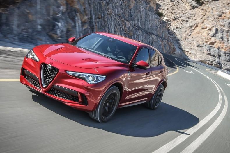 Alfa_Romeo-Stelvio_Quadrifoglio-2018-1600-0c