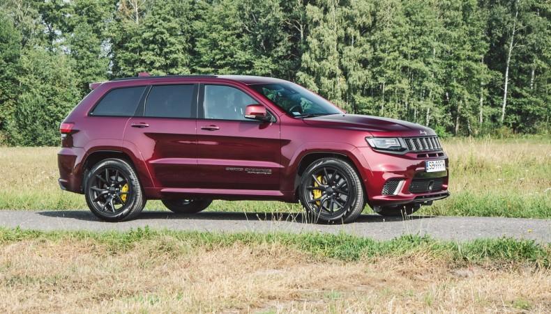 Jeep Grand Cherokee to SUV klasy wyższej. Sportowy, ale jednak.