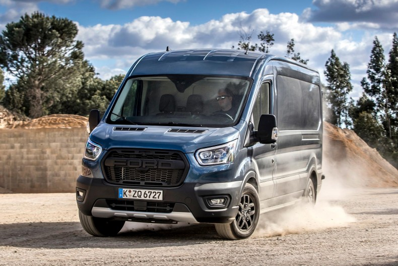 FORD_2020_TRANSIT_TRAIL_13-LOW