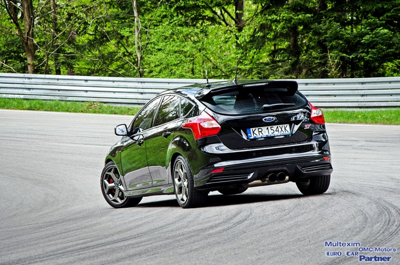Ford Focus RS & ST - test (9)