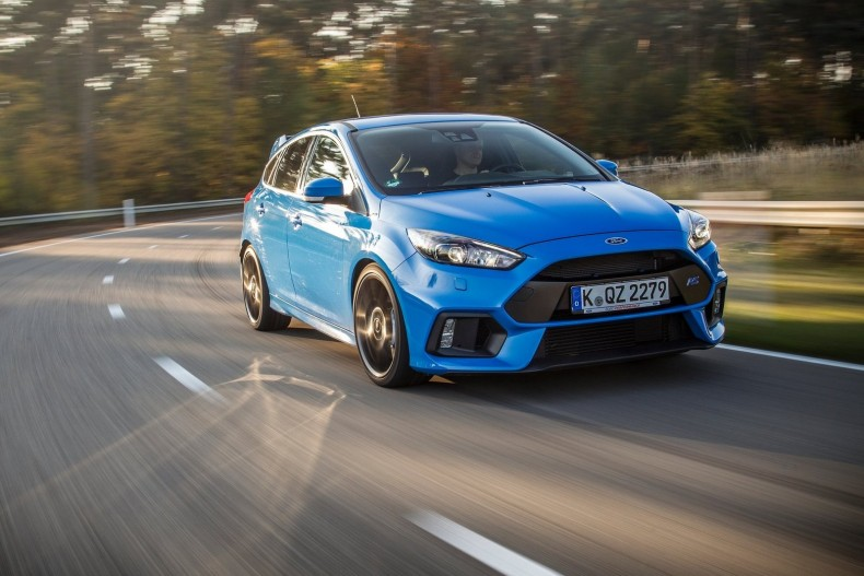 Ford-Focus_RS_2016_1600x1200_wallpaper_1c
