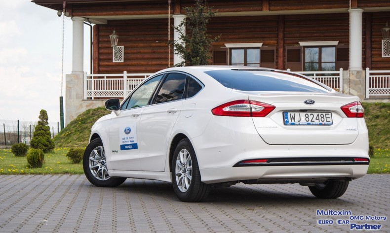 Ford Mondeo Hybrid - test (11)