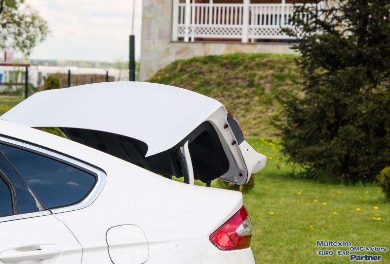 Ford Mondeo Hybrid - test (6)