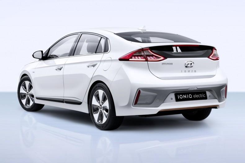 Hyundai-Ioniq-2017-1600-0b