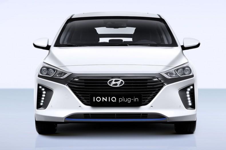 Hyundai-Ioniq-2017-1600-10