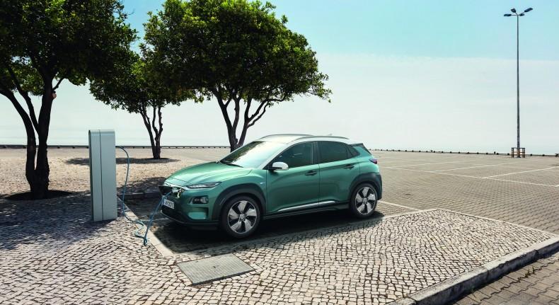 Hyundai-Kona_Electric-2018-1600-01