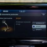 Hyundai i30 N wnętrze (14)