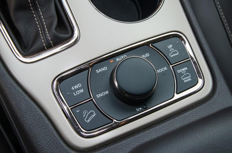 Jeep-Grand-Cherokee-3.0-Summit-test-pgd-18