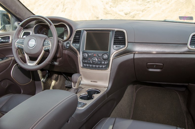 Jeep Grand Cherokee 3.0 Summit - test pgd (21)
