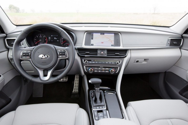 Kia Optima Sportwagon 2