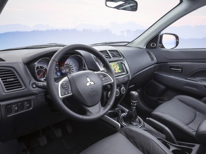 Mitsubishi ASX 2016 (2)