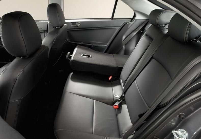 Mitsubishi-Lancer_Sportback-2009-1600-1f