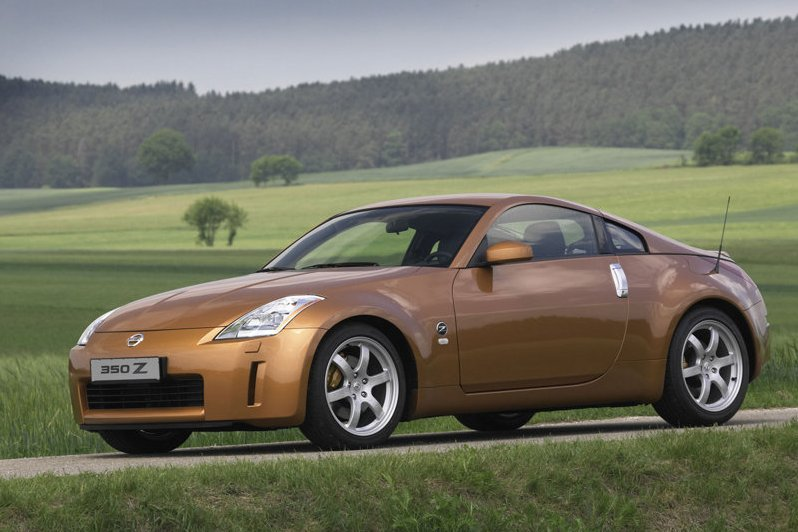 Nissan-350Z_EUR_2005_800x600_wallpaper_01