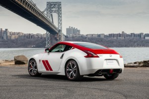 Nissan 50 Z_Ext_Solo-8-source-1200x800