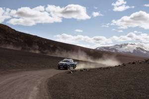 Nissan Navara Double Cab_Blue_Iceland_Dynamic Offroad 10-1200x800