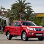 Nissan Navara King Cab Red - Front-source
