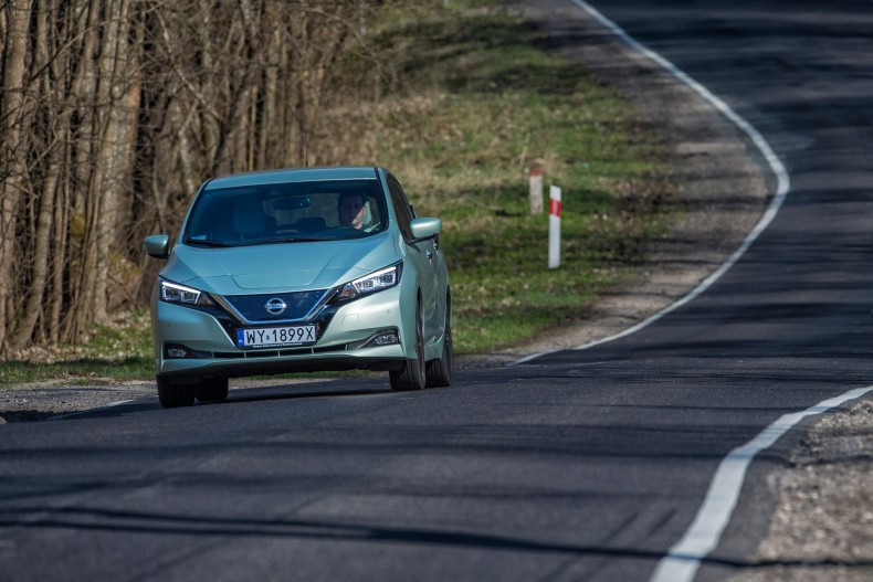 Nissan_Leaf_DSC3839s-source