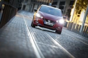 Nowe silniki w Nissanie Micra - czerwona Micra Xtronic - Dynamic Front 11-1200x800