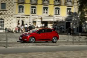 Nowe silniki w Nissanie Micra - czerwona Micra Xtronic - Dynamic Side 5-source