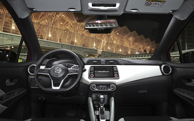 More Micra Live Event - Red mIcra Xtronic - Interior Details - D