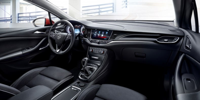 Opel-Astra-295913