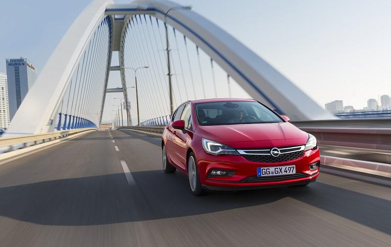 Nowy Opel Astra - hit na polskim rynku i w Europie oraz Samochód Roku 2016