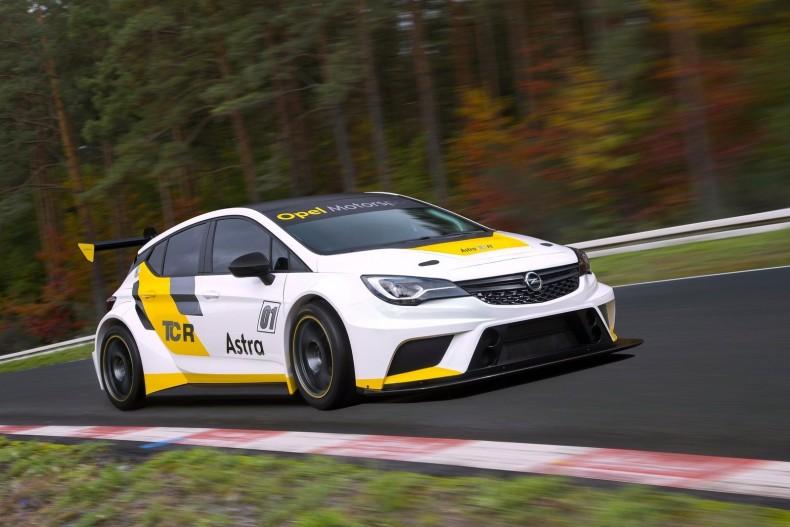 Opel-Astra_TCR_2016_1600x1200_wallpaper_05