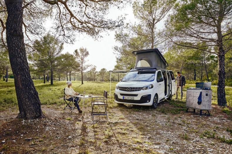 Crosscamp Life auf Basis des Opel Zafira Life