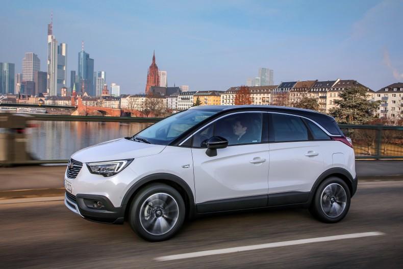 Opel-Crossland-X-305324_0