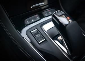 Opel-Grandland-X-Hybrid4-510463 (1)