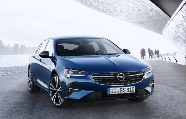 Opel-Insignia-Grand-Sport-509978 (1)