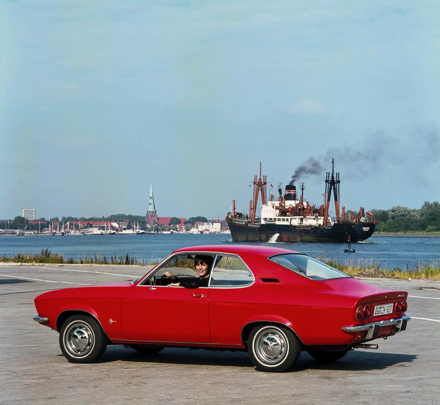 Opel-Manta-18325