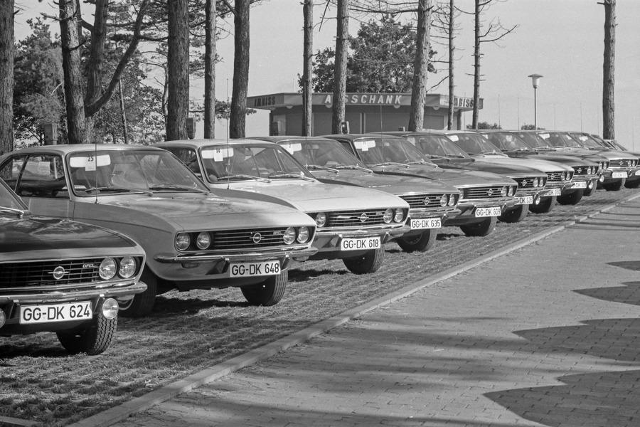 Opel-Manta-512906