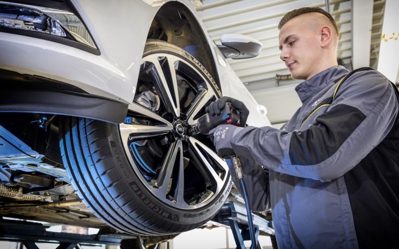 Opel-Service-506393_0_0