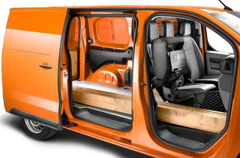 Opel-Vivaro-505813