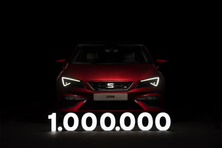 SEAT-Leon-one-million-times-the-chosen-one_01_HQ