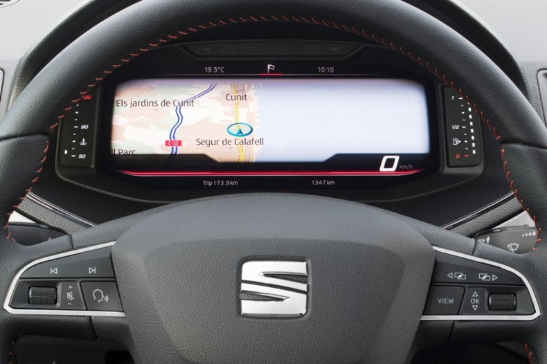 SEAT-introduces-its-Digital-Cockpit-to-the-Arona-and-Ibiza_006_HQ