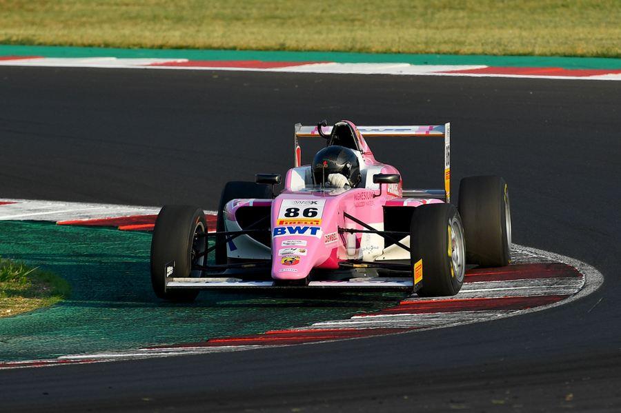 Valint Bence, Tatuus F.4 T014 Abarth #86, BWT Mucke Motorsport