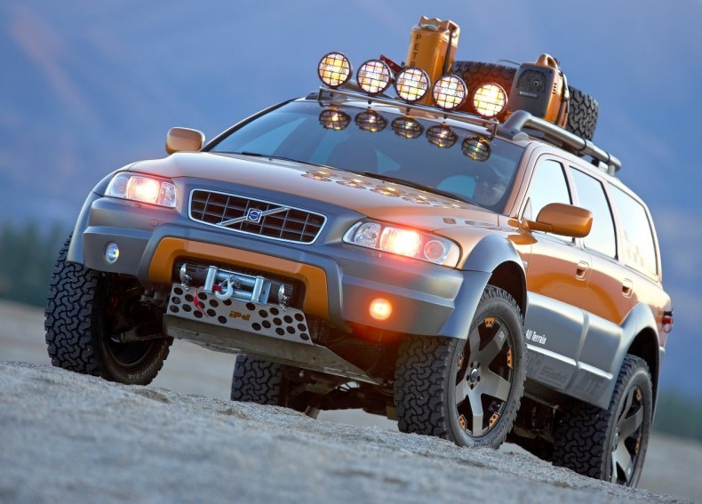 Volvo-XC70_AT_Concept-2005-1280-01