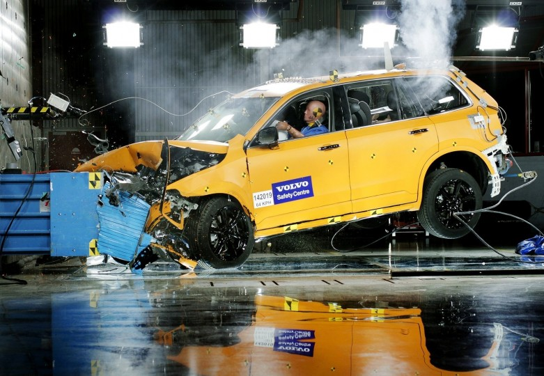 Volvo-XC90-2015-1600-b0